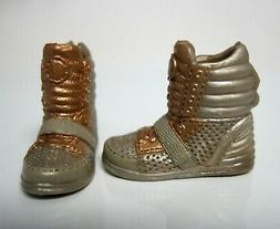 BARBIE DOLL CLOTHES/SHOES *MATTEL SNEAKER-TYPE SHOES  *NEW*